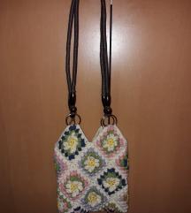 Kvačkana torbica za čez ramo