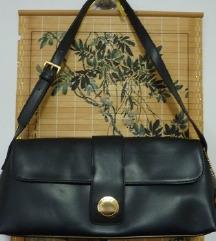 ZNIŽANO- črna torbica betty barclay + ptt gratis
