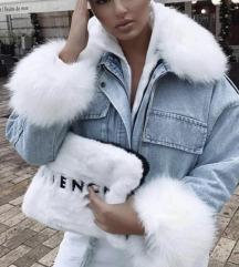 Modra jakna z krznom