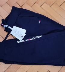 Tommy Hilfiger nove športne hlače