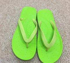 Japonke Crocs