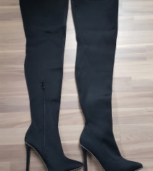 Overknee škornji z visoko peto in netki