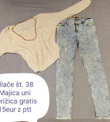 Majica in hlače 38