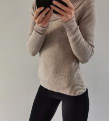 Nov bež pulover