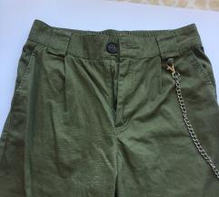 Olivno zelene hlače