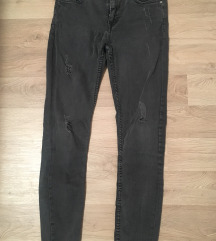 Zara jeans ripped hlace