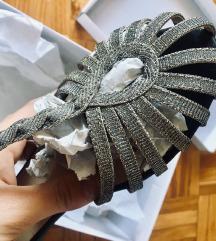Novi srebrni poletni sandali