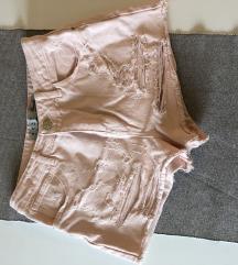 Roza kratke jeans