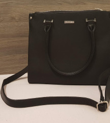 NOVA klasična črna torbica David Jones