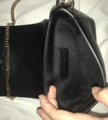 Zara majhna torbica