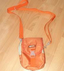 Sportna torbica za cez ramo