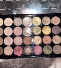 Makeup revolution paletka FLAWLESS