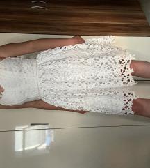 bela cipksta oblekca