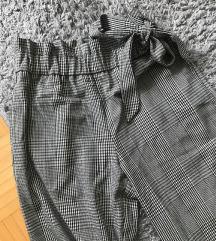 Zara karo hlače