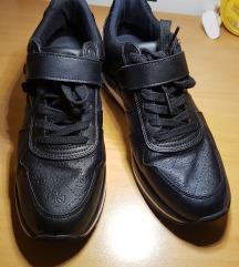 Original Guess čevlji št 40