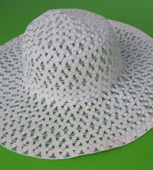 Bel klobuk, slamnik, kapa, pokrivalo