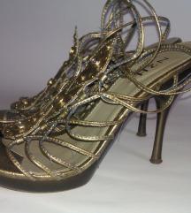 Zlate sandale