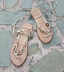 št. 36 pravo usnje japonke sandali (Italija)