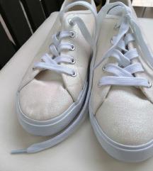 TeX čevlji 39