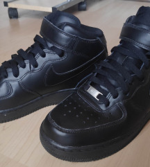 Nike Air Force 1 Mid čevlji / superge 41 [Novo]