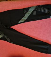 Športne hlače 38