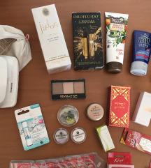 Kozmetika - gel lučka, puder, parfum, krema