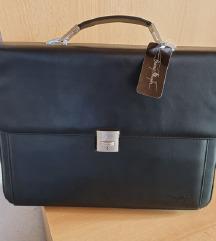 Nova črna poslovna torba