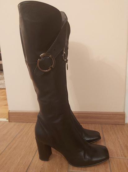 Atraktivni škornji priznane znamke FRUIT ITALY