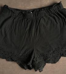 Kratke hlače z vzorcem