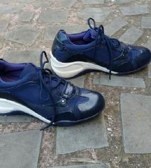 ZOOM št. 40 usnjeni čevlji