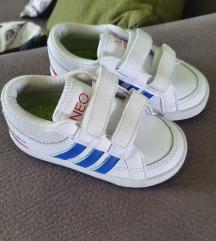 Adidas neo 21