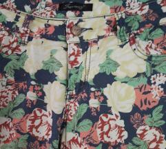 Rožaste hlače