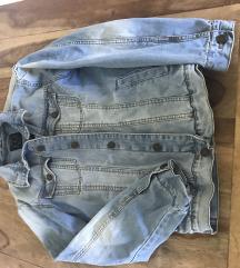 Nova bershka jeans jakna