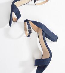 Asos popolnoma novi sandali z visoko peto