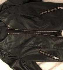 Crna usnjena jakna
