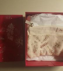 Melvita darilni paket - toaletna torbica