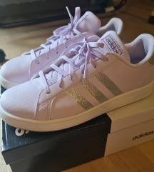 Adidas lila