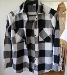 črno-bela srajca