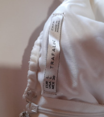 Zara bela majčka brez naramnic