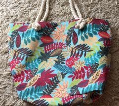 Nova torbica za na plažo