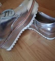 Zara čevlji s platformo