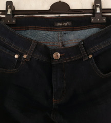 Jeans kapri hlače