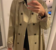 Nov trench coat, oversized, z etiketo