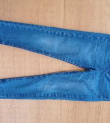 hlače  jeans 146