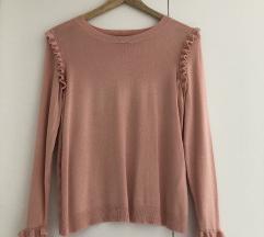 Roza romanticen pulover