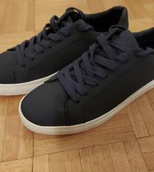 PRIMARK moški čevlji v temno modri barvi