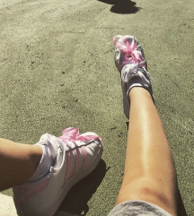 Adidas superge three stripes pink
