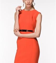 Oranžna oprijeta oblekica - kot NOVA!