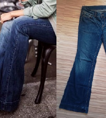 BENETTON FLARED JEANS ŠT.L 40/42