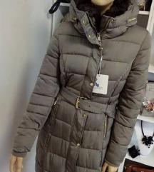 Nova siva daljša bunda, velikost M-L, krasna